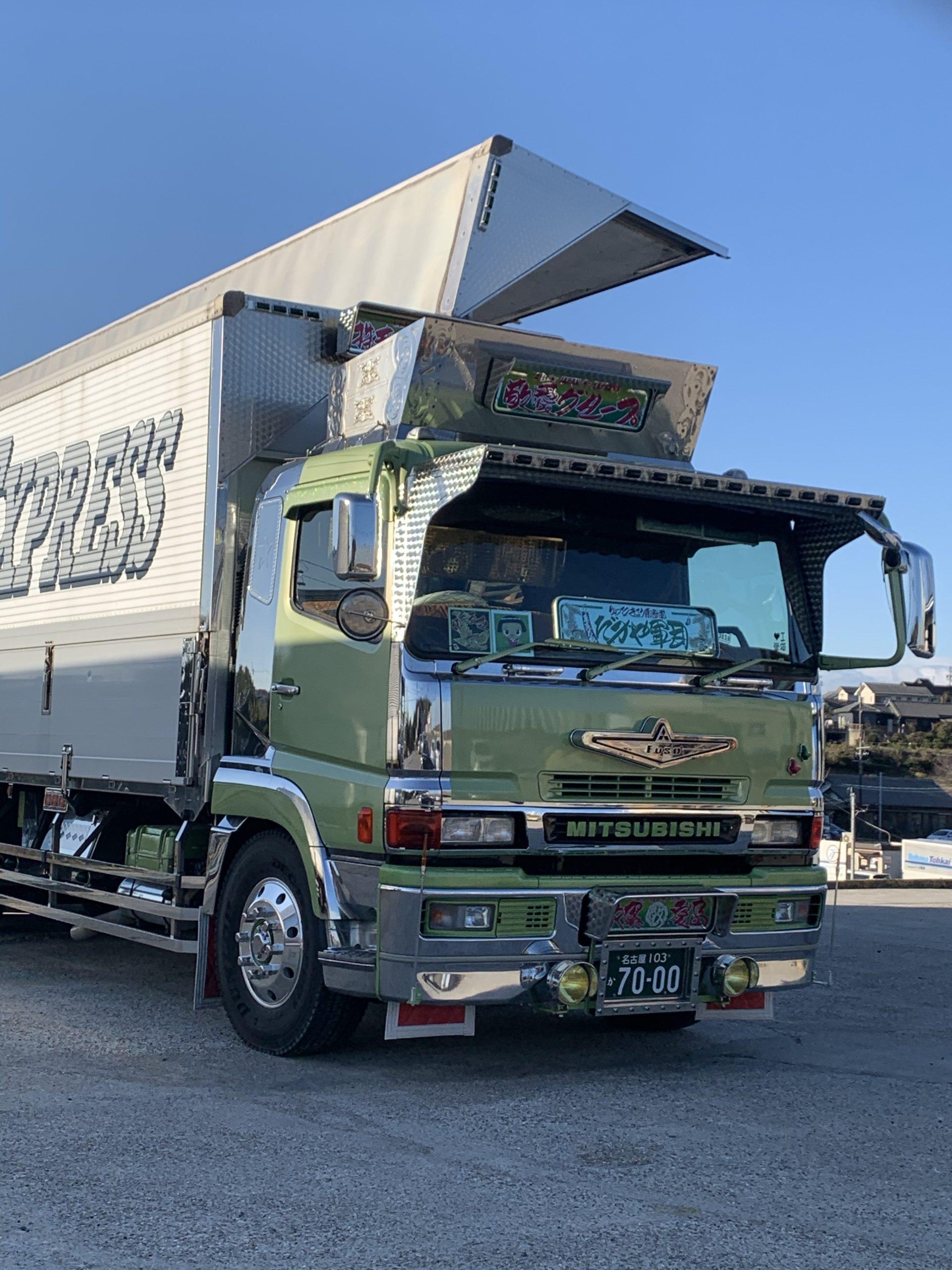 【求人】大型トラックのドライバーを募集中です!